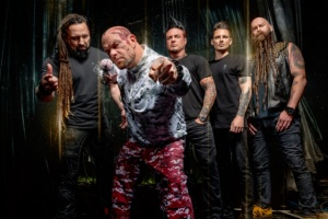 FIVE FINGER DEATH PUNCH přivezou MEGADETH