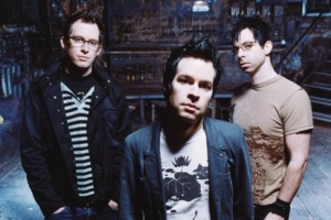 "CHEVELLE - ""Hats off to the Bull"""