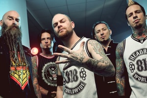 "VIDEO: FIVE FINGER DEATH PUNCH – ""I Apologize"""