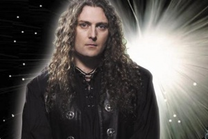 Fabio Lione z RHAPSODY OF FIRE v novém projektu ETERNAL IDOL