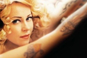 "ANNEKE VAN GIERSBERGEN – ""Take Me Home"""