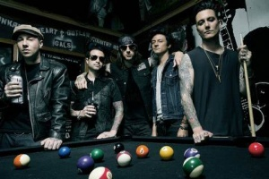 "Poslechněte si: AVENGED SEVENFOLD - ""Hail to the King"""