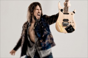 "VIDEO: BUMBLEFOOT - ""Don´t Know Who To Pray Anymore"""