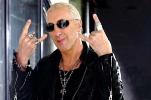 "Poslechněte si: Dee Snider - ""We Are the Ones"""