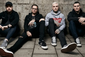THE AMITY AFFLICTION rozjedou mejdan u kolejí