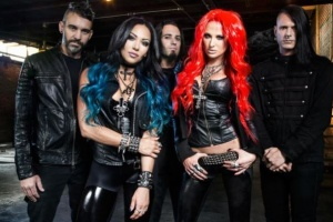 "Poslechněte si nové album BUTCHER BABIES ""Take It Like a Man"""