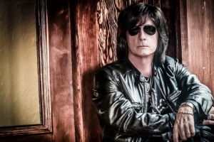 "VIDEO: Joe Lynn Turner – ""Edge of Tomorrow"""