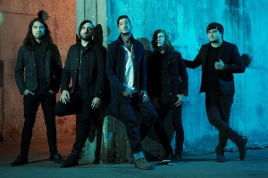 "VIDEO: OF MICE & MEN - ""Never Giving Up"""