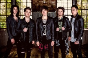 "VIDEO: ASKING ALEXANDRIA - ""The Black"""