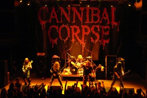 CANNIBAL CORPSE zalezli do studia a točí