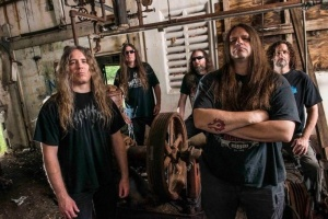 "CANNIBAL CORPSE drtí a drtí v ""Red Before Black"""