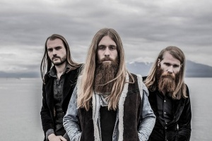 "VIDEO: KADAVAR - ""Last Living Dinosaur"""