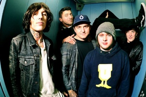 "VIDEO: BRING ME THE HORIZON - ""True Friends"""