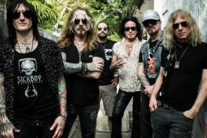 "VIDEO: THE DEAD DAISIES - ""Midnight Moses"""