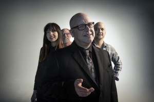 "VIDEO: PIXIES – ""Tenement Song"""