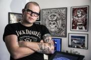 Vojtěch Woody Troják: Grafický designér, který dal tvář festivalu Mighty Sounds