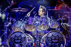 Jeremy Spencer dal vale FIVE FINGER DEATH PUNCH