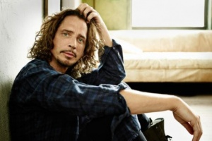"Poslechněte si: Chris Cornell - ""Nearly Forgot My Broken Heart"""